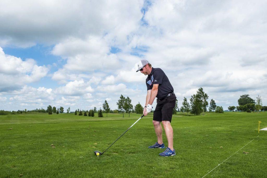 Dakota Winds Golf Course Tee Up