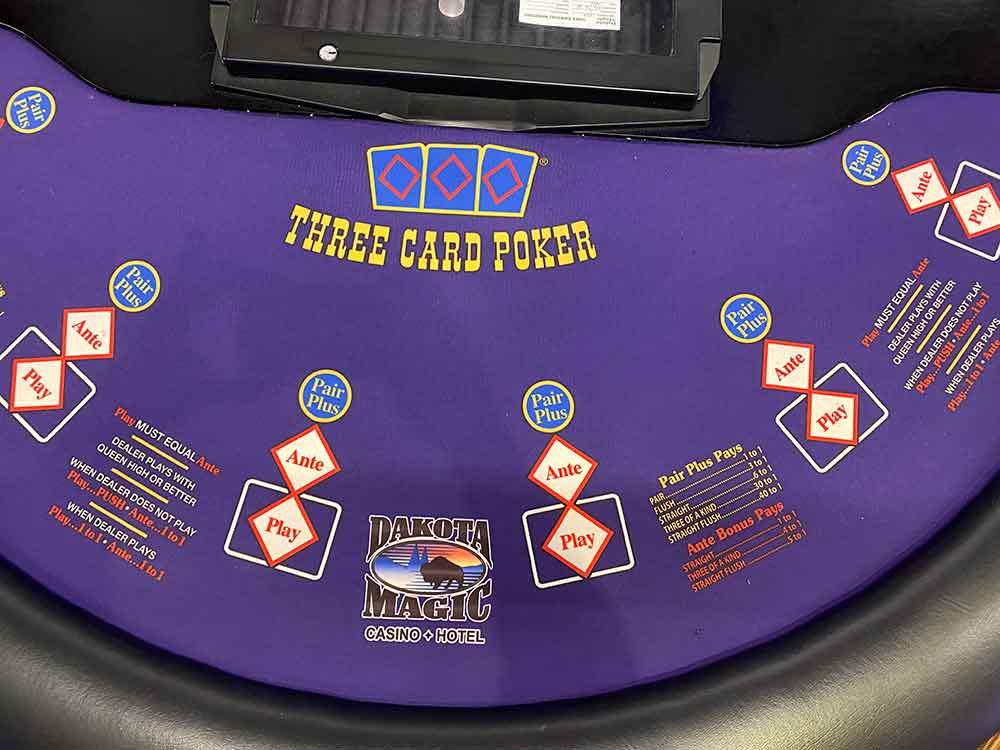 Three Card Poker - Casinos North Dakota Magic