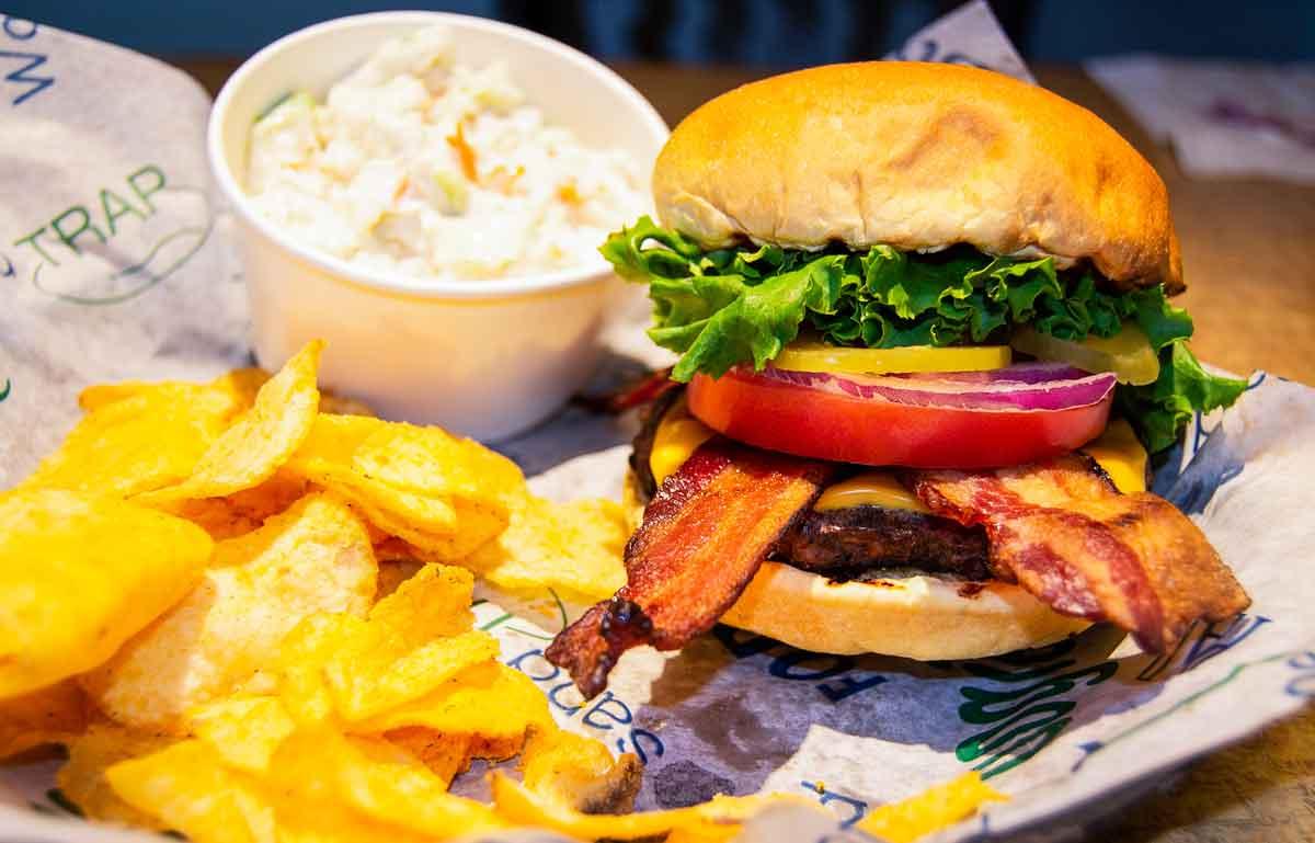 Dakota Winds Tavern Bacon Cheeseburger
